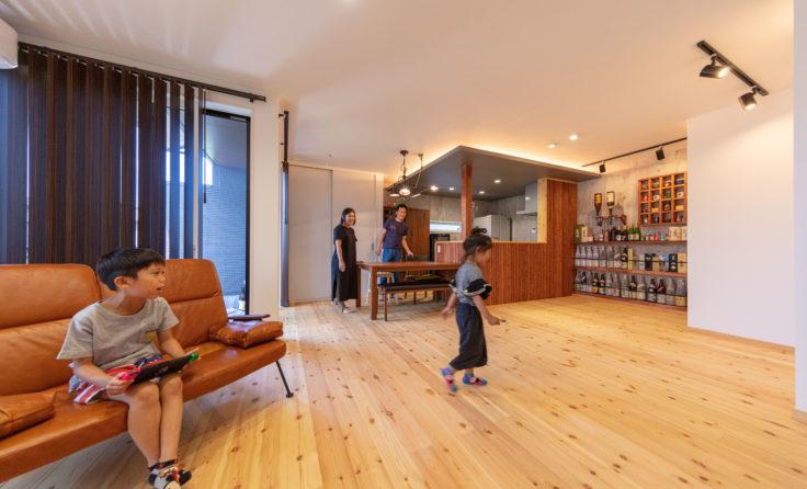 施工事例/バー風ラックと隠し扉のある、和モダンな二世帯住宅 更新しました
