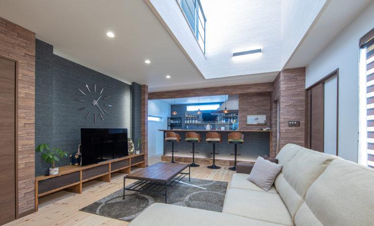 施工事例/BARカウンターと吹き抜けのある、ブルックリンスタイルのお家 更新しました