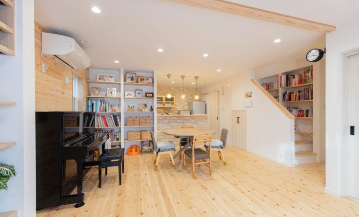 施工事例/無垢の木をふんだんに使用した、温もり溢れるログハウス風のお家 更新しました