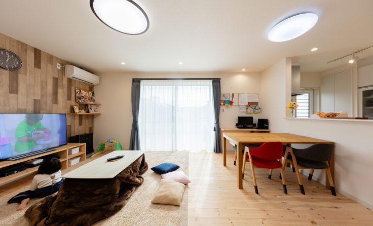 施工事例/玄関で別れる3ルートの動線とロフト収納のある、整理整頓が自然とはかどるお家 更新しました。